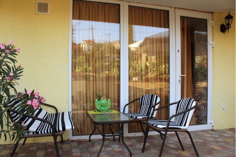 (5)Люкс двухкомнатный 4 местный. первый этаж , улица Ветеранов, 41, посёлок Орловка, Севастополь - Фотография 11