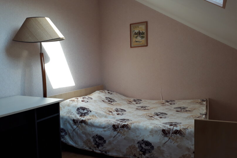 Cдам посуточно уютный дом, 110 кв.м. на 9 человек, 5 спален, улица Луговая, 2, Ейск - Фотография 7