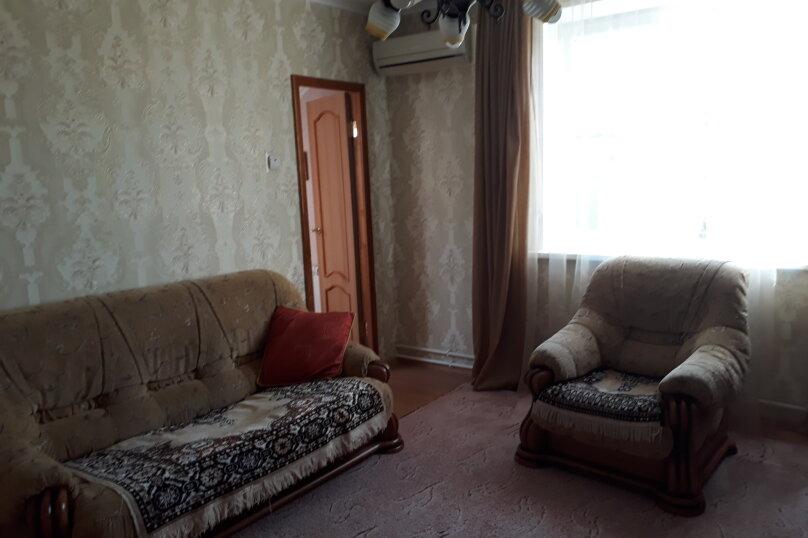 Cдам посуточно уютный дом, 110 кв.м. на 9 человек, 5 спален, улица Луговая, 2, Ейск - Фотография 17