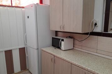 Cдам посуточно уютный дом, 110 кв.м. на 13 человек, 5 спален, улица Луговая, Ейск - Фотография 3