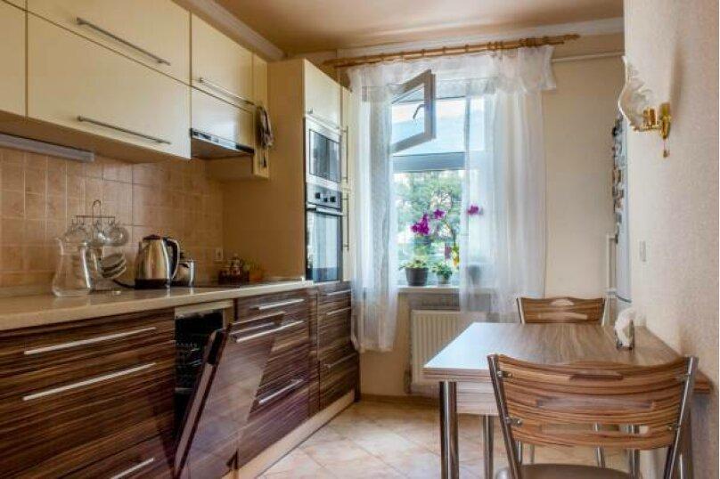 3-комн. квартира, 86 кв.м. на 6 человек, Стахановская, 12 к.1, Ялта - Фотография 5