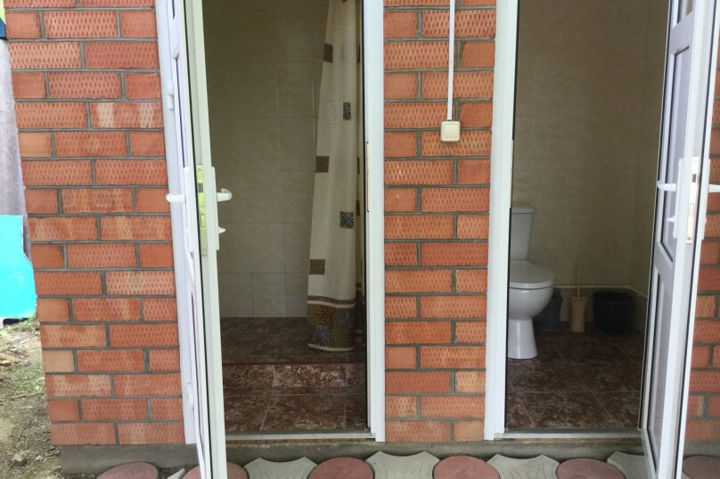 Дом, 22 кв.м. на 4 человека, 1 спальня, Калинина, 99, Ейск - Фотография 2