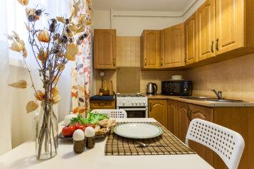 1-комн. квартира, 38 кв.м. на 4 человека, улица Есенина, Санкт-Петербург - Фотография 2