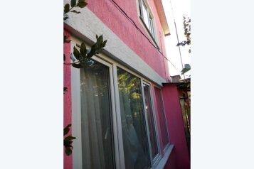 Квартира (двухкомнатная) 1 этаж, Виноградная улица, 4 на 2 номера - Фотография 2