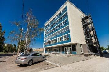 Отель, улица Шумакова на 11 номеров - Фотография 1