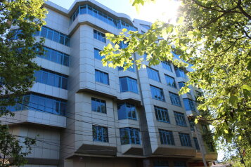 3-комн. квартира, 180 кв.м. на 6 человек, улица Орджоникидзе, 26Б, Сочи - Фотография 4