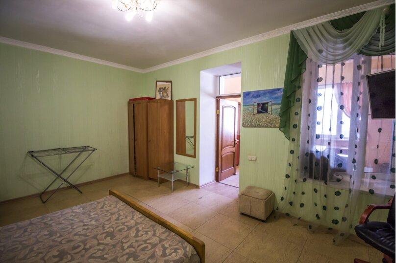 Отдельная комната, улица Ленина, 21, Алушта - Фотография 3