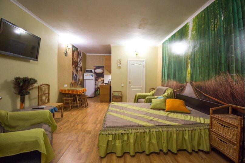 Отдельная комната, улица Ленина, 21, Алушта - Фотография 9