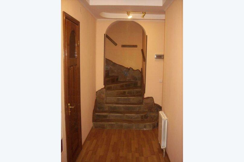 Дом, 218 кв.м. на 8 человек, 4 спальни, Южнобережное шоссе, 40, Никита, Ялта - Фотография 2