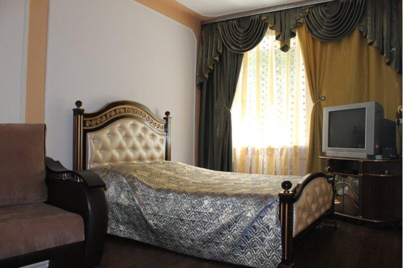 1-комн. квартира, 26 кв.м. на 4 человека, Березовская, 34, Кисловодск - Фотография 1