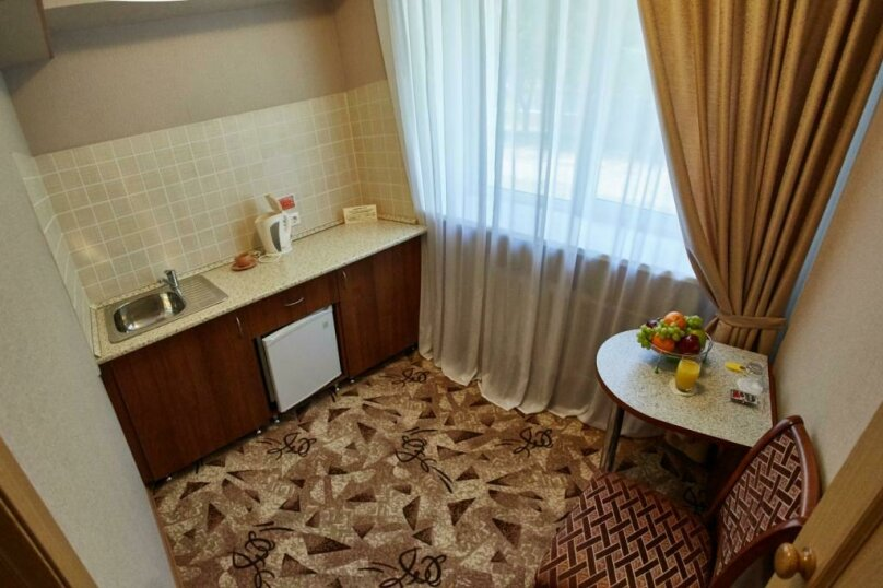 Номер 1 категории Одноместный Комфорт с кухней, Молодёжный проспект, 6, Нижний Новгород - Фотография 3