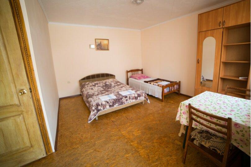 """Гостиница """"На Академика Сахарова 43"""", улица Академика Сахарова, 43 на 8 комнат - Фотография 8"""