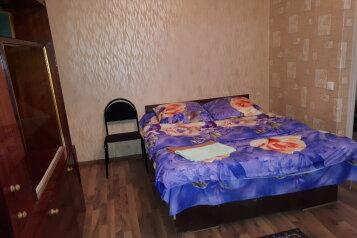 2-комн. квартира, 43 кв.м. на 5 человек, улица Агеева, Советский район, Тула - Фотография 1