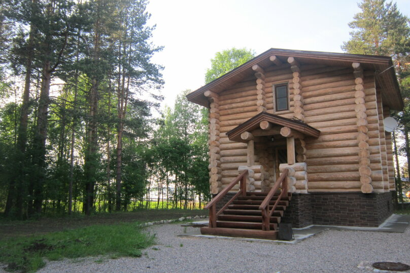 Трехэтажный дом, Бережная, 1, Эссойла - Фотография 1