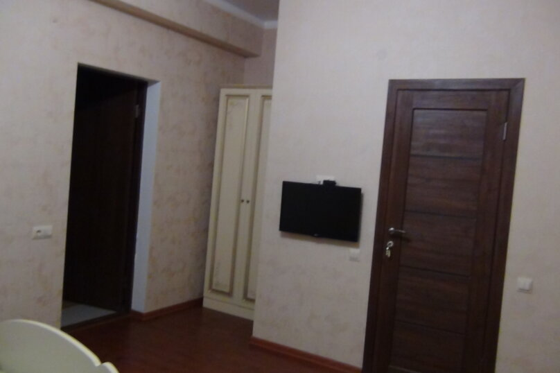 """Гостевой дом """"Тома"""", Пихтовый переулок, 3 на 10 комнат - Фотография 25"""