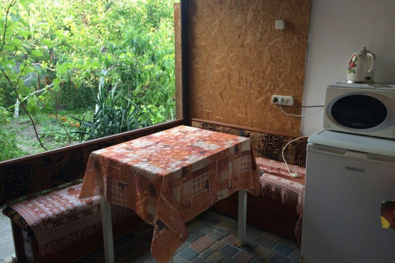 2-комн. квартира, 30 кв.м. на 4 человека, улица Самариной, 9, Феодосия - Фотография 14