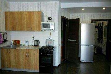 Бунгало, 100 кв.м. на 8 человек, 2 спальни, Гагарина , Банное - Фотография 2