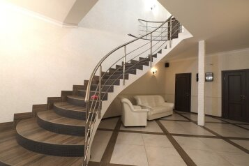 Дом, 510 кв.м. на 32 человека, 10 спален, Приморское шоссе, Санкт-Петербург - Фотография 2