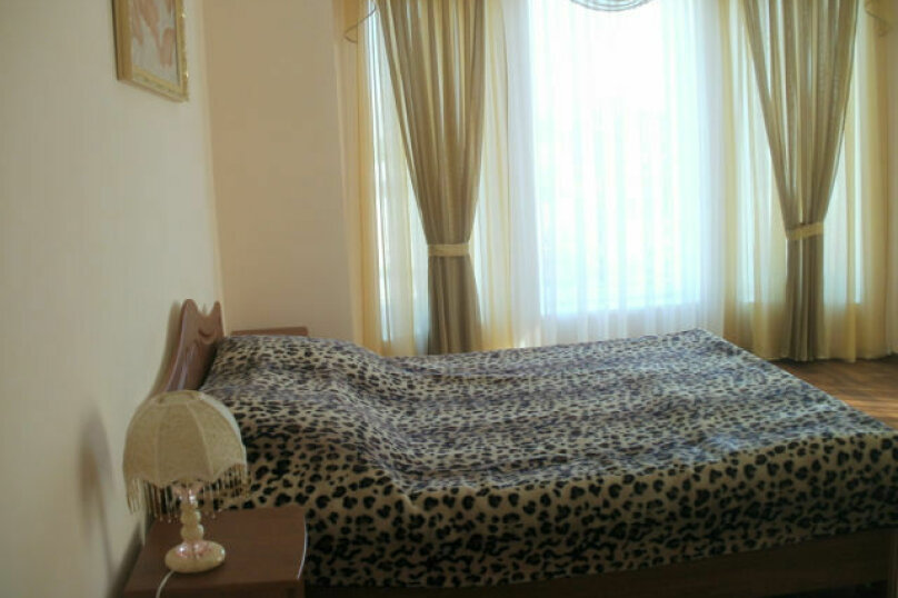 Отдельная комната, улица Маршала Ерёменко, 9, Судак - Фотография 1