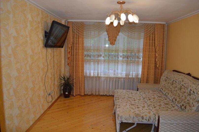 2-комн. квартира, 59 кв.м. на 5 человек, улица Шафиева, 24/1, Уфа - Фотография 6