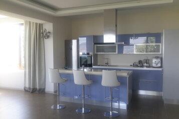 Эксклюзивное предложение на ЮБК, 320 кв.м. на 6 человек, 3 спальни, Тенистая улица, 52, Даниловка - Фотография 3