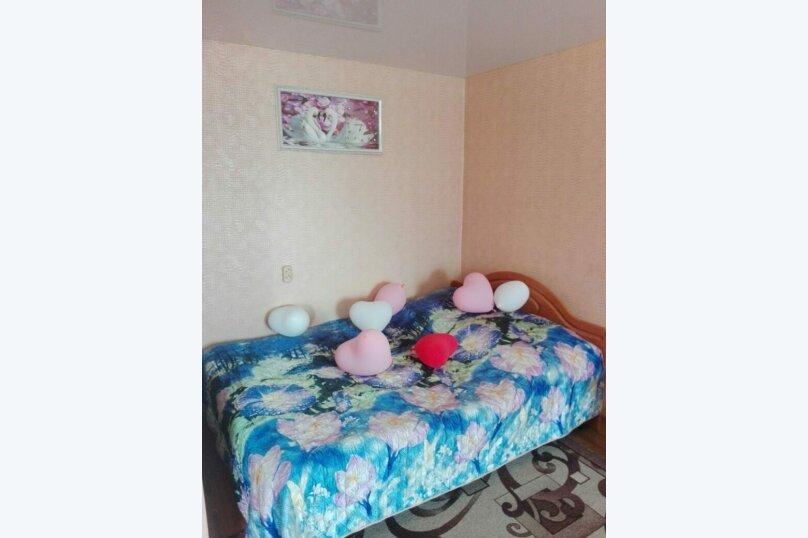 1-комн. квартира на 5 человек, переулок Нахимова, 14, Томск - Фотография 1