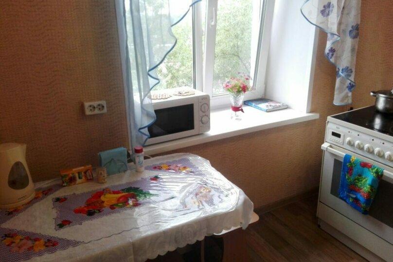 1-комн. квартира на 5 человек, переулок Нахимова, 14, Томск - Фотография 4