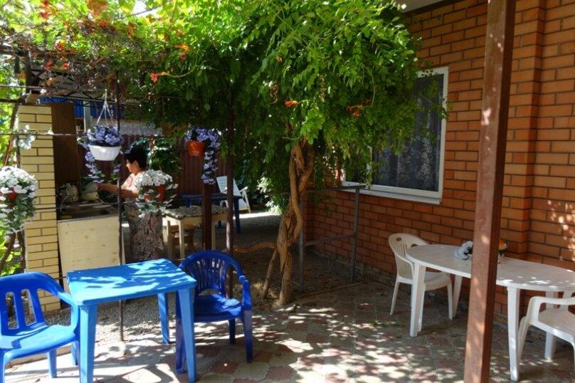 """Гостевой дом """"Уют"""", Морская улица, 222 на 6 комнат - Фотография 11"""