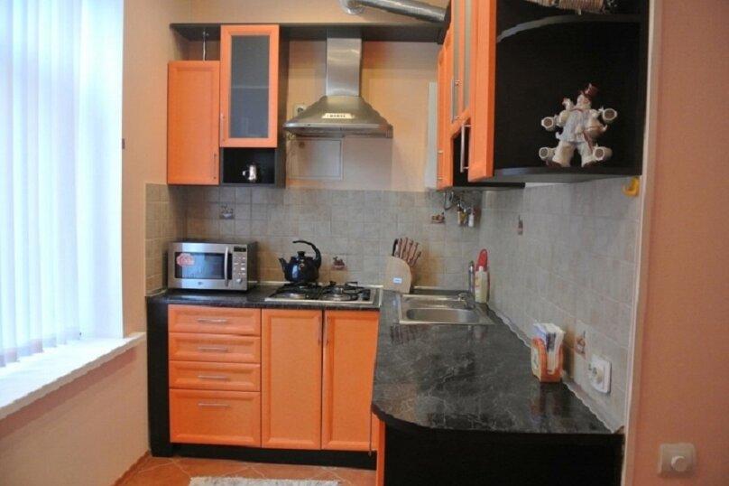 1-комн. квартира, 60 кв.м. на 2 человека, улица Айвазовского, 13, Керчь - Фотография 1