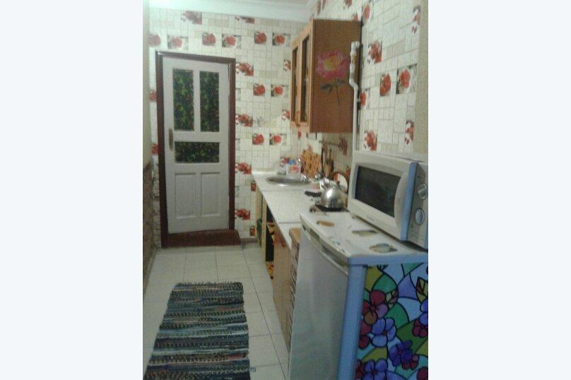 """Гостевой дом """"Семейный"""", Приморская улица, 28 на 8 комнат - Фотография 23"""