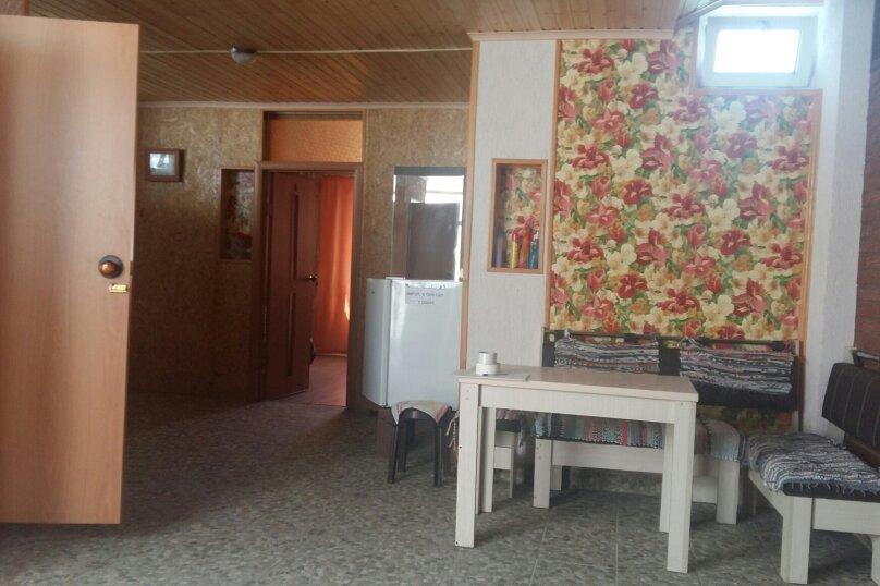 """Гостевой дом """"Семейный"""", Приморская улица, 28 на 8 комнат - Фотография 15"""