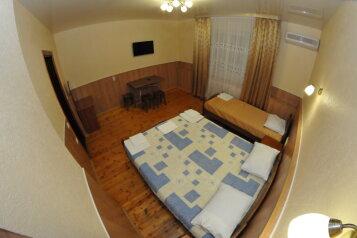Гостиница , Новороссийская улица на 8 номеров - Фотография 3