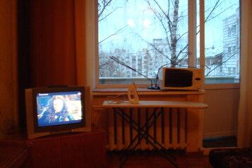 1-комн. квартира, 40 кв.м. на 3 человека, улица Воровского, 73, Киров - Фотография 2