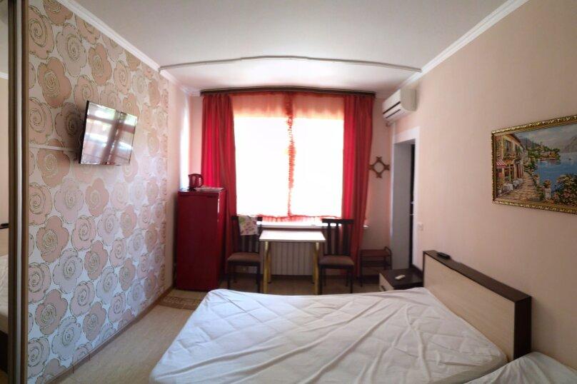 """Гостевой дом """"На Севастопольской 28"""", Севастопольская улица, 28 на 7 комнат - Фотография 77"""