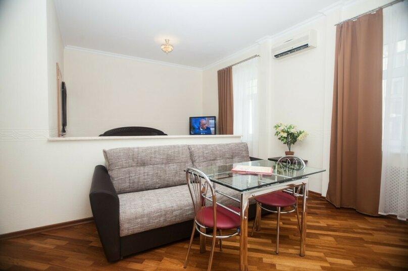 1-комн. квартира, 34 кв.м. на 4 человека, Петровский переулок, 1/30с1, Москва - Фотография 1