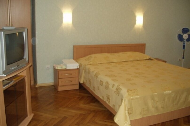 Отдельная комната, Майкопская улица, 25, Екатеринбург - Фотография 10