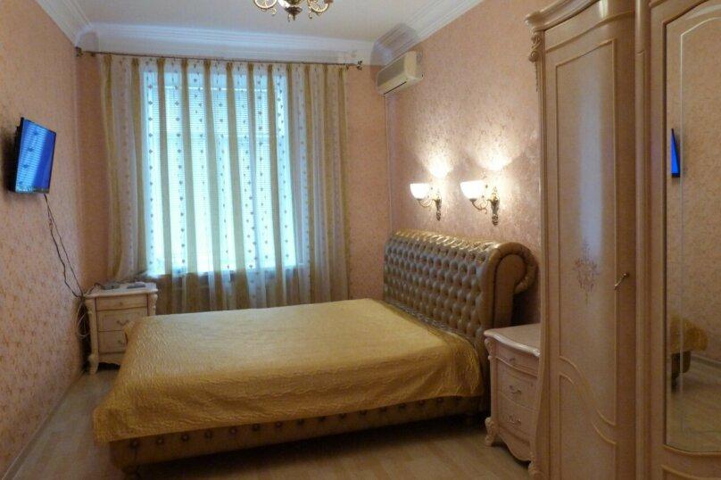 2-комн. квартира, 60 кв.м. на 3 человека, улица Очаковцев, 2, Севастополь - Фотография 3