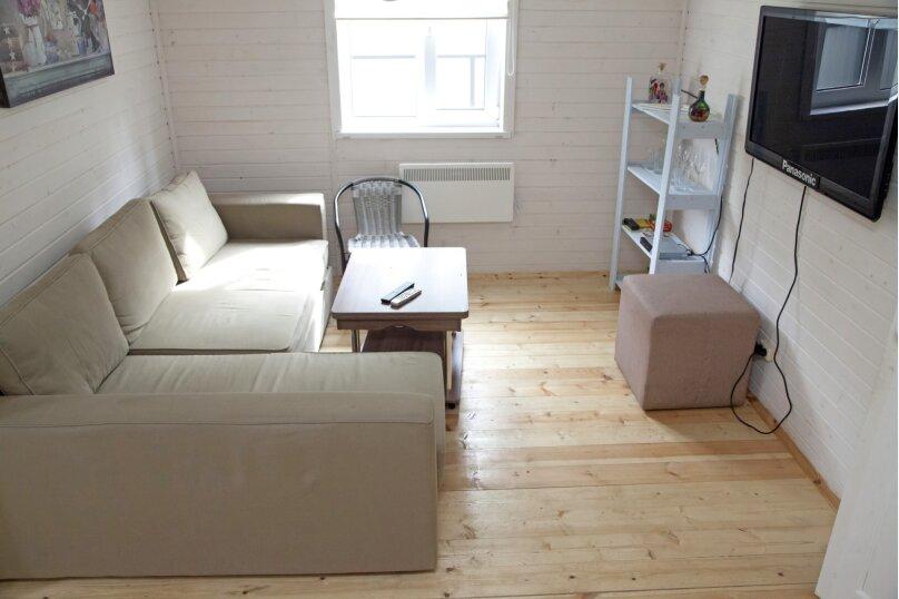 Таунхаус Семейный, 80 кв.м. на 4 человека, 2 спальни, лесная, 46, Санкт-Петербург - Фотография 2