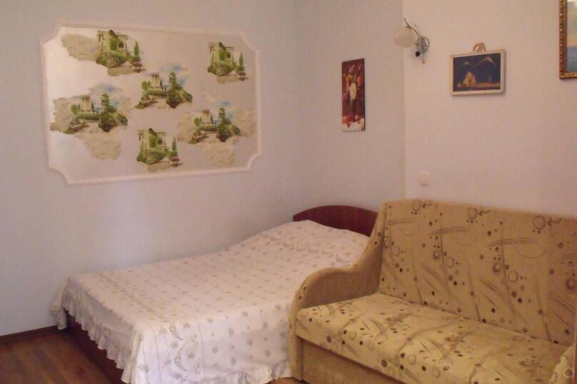 Отдельная комната, Ялтинская улица, 17, Алупка - Фотография 2