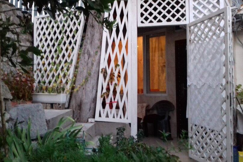 Отдельная комната, Ялтинская улица, 17, Алупка - Фотография 8
