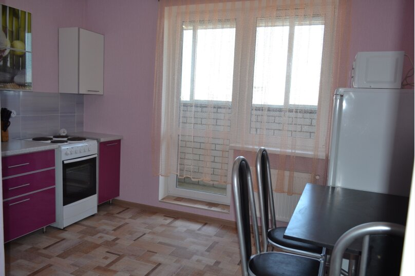 1-комн. квартира, 45 кв.м. на 4 человека, улица Пирогова, 1к6, Чебоксары - Фотография 6