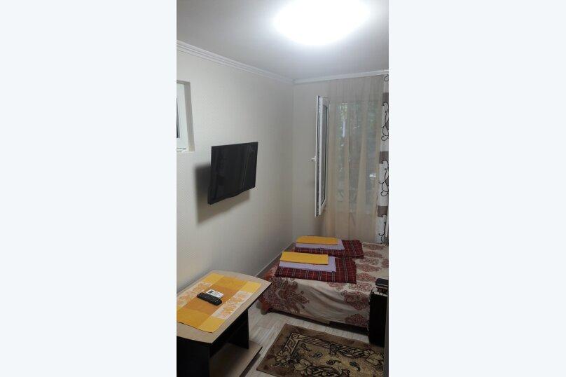 """Гостевой дом """"Надежда"""", Взлетная улица, 18А на 9 комнат - Фотография 5"""