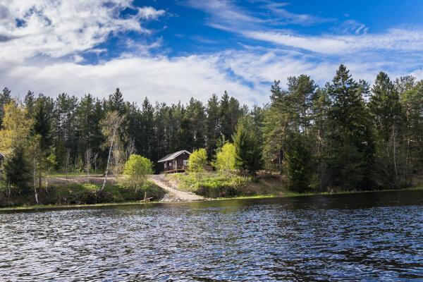 База отдыха на реке Олонка на 20 номеров