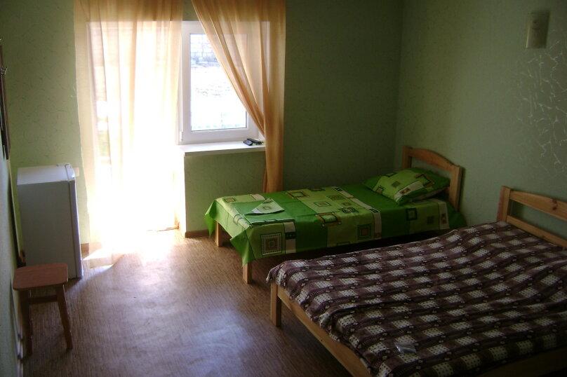 4-местный номер Комфорт, улица Елисеева, 20 А, Оленевка - Фотография 1