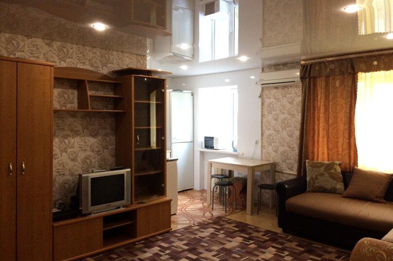 2-комн. квартира, 45 кв.м. на 6 человек, улица Фрунзе, 25, Краснодар - Фотография 2