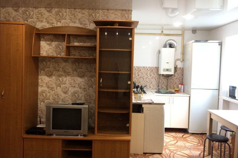 2-комн. квартира, 45 кв.м. на 6 человек, улица Фрунзе, 25, Краснодар - Фотография 3
