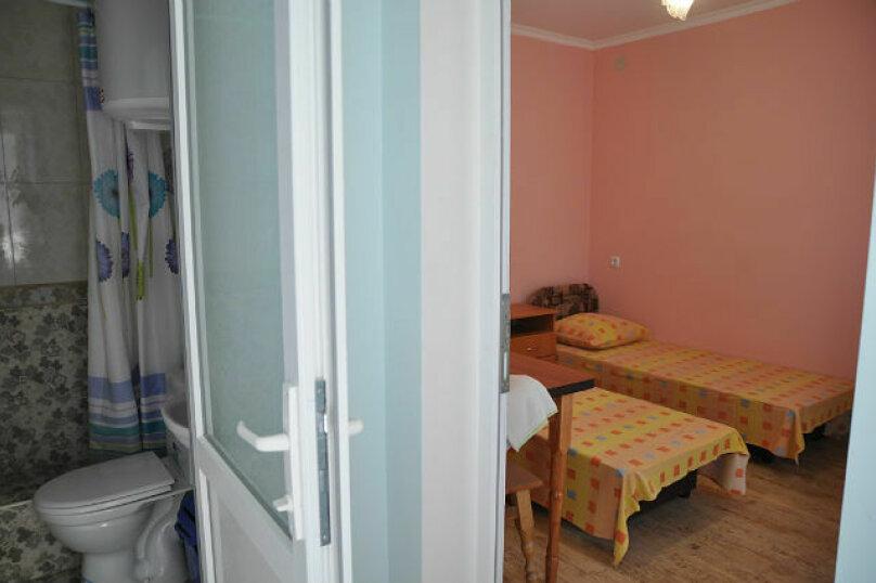 2-комнатный номер 4-х местный, ул.Спендиарова , 6, Судак - Фотография 3