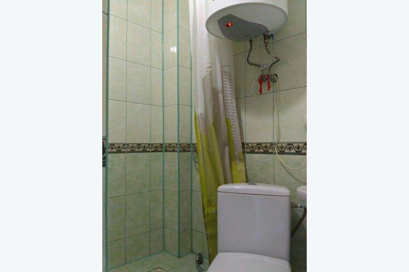 3-местный номер на 2 этаже, ул.Спендиарова , 6, Судак - Фотография 4