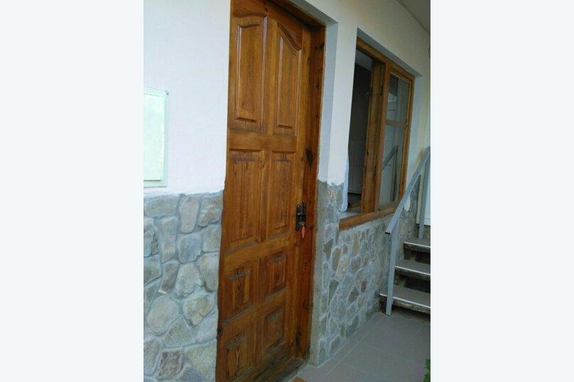 3-местный номер на 2 этаже, ул.Спендиарова , 6, Судак - Фотография 6
