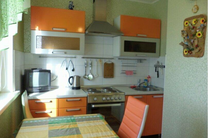 1-комн. квартира, 40 кв.м. на 2 человека, улица 60 лет Октября, 70, Нижневартовск - Фотография 4